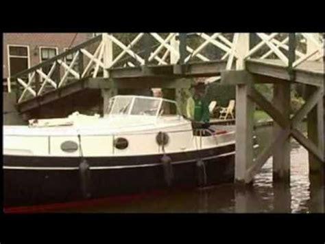 Heeg Opinion 15 by Motorboot Motorjacht Yachtcharter Ottenhome Heeg Friesland