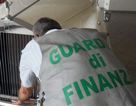 Ufficio Tassazione Lugano by Guardia Di Finanza Agente Infoinsubria