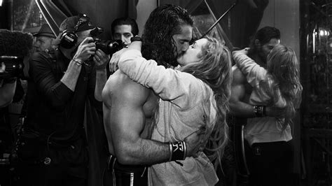 seth rollins becky lynch  officially dating wwe