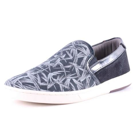 chaise navy ted baker chaise palm mens trainers navy white