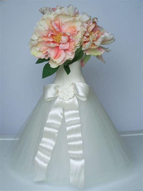 bridal shower centerpiece ideas 1000 ideas about bridal shower centerpieces on
