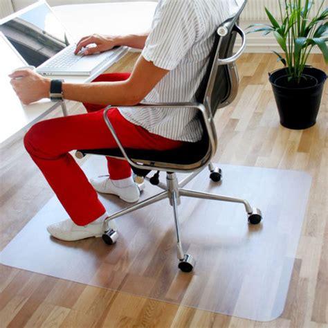 tapis plastique bureau tapis de protection solutil tapis chic le tapis