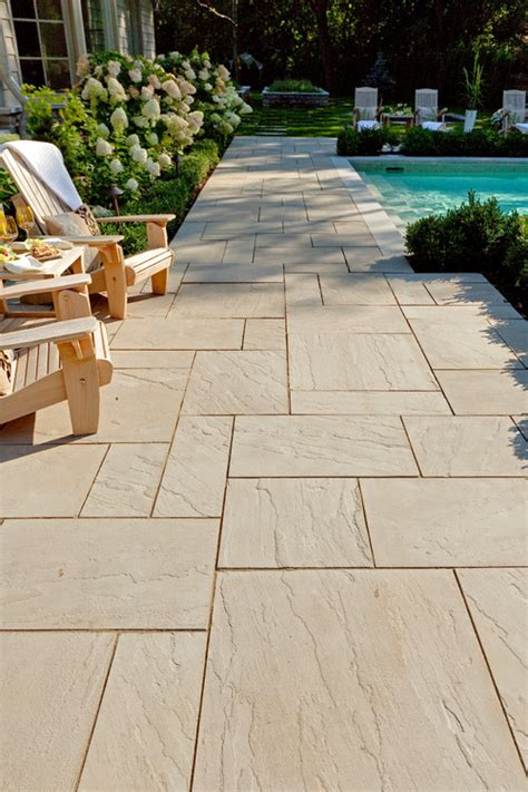 color  aberdeen pavers