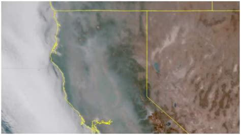 california smoke map  carr  fires august