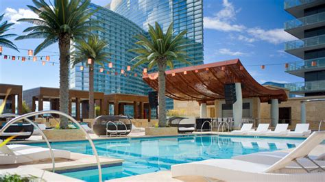 Poolside Dinner by Vegas Pools Open For Season Abc News