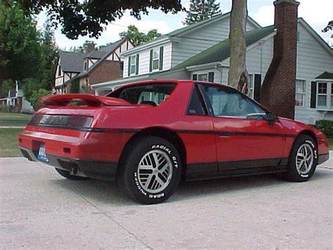 Pontiac Fiero Se by 86 Pontiac Fiero Se Classic Vehicles