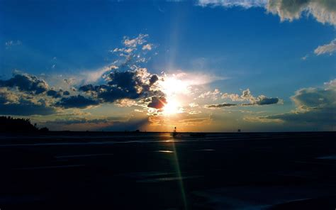 airport sunset wallpapers hd wallpapers
