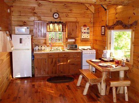 log cabin kitchen ohio log cabin  rent full kitchen  sweet heart cabin  ash