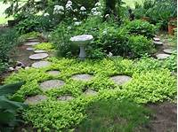 garden stepping stones Garden Stepping Stone Design and Ideas - InspirationSeek.com