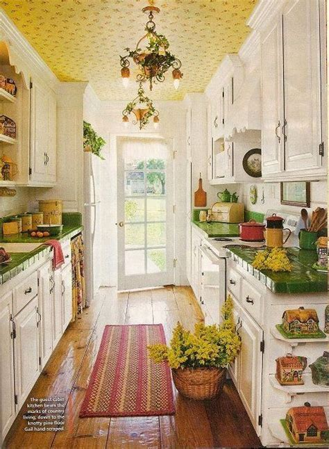 cottage kitchen wallpaper 288 best cottage style images on houses 2662