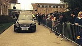 Richard III: Leicester welcomes king's remains - BBC News