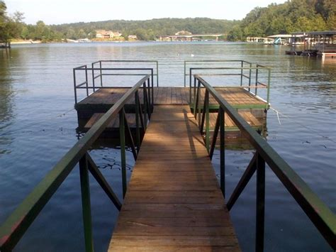 You can find condos, cabins, and houses with all of them having a place to park your boat…and most with covered slips. Crane Hill - Smith Lake Alabama Rental House-I-65 ...