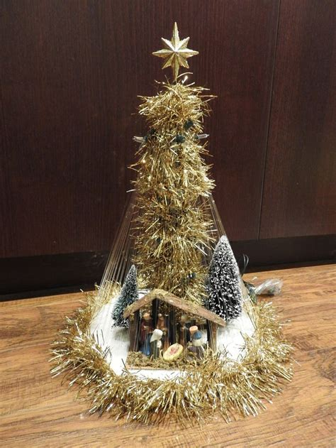 images  crafts christmas trees  pinterest