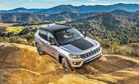 2017 jeep compass trailhawk 4 4 test drive our auto expert