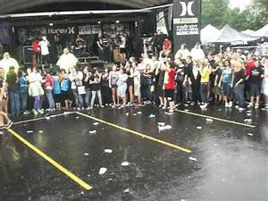 "Gallows Wall of Death at Cincinnati Warped Tour 09 ""Belly ..."