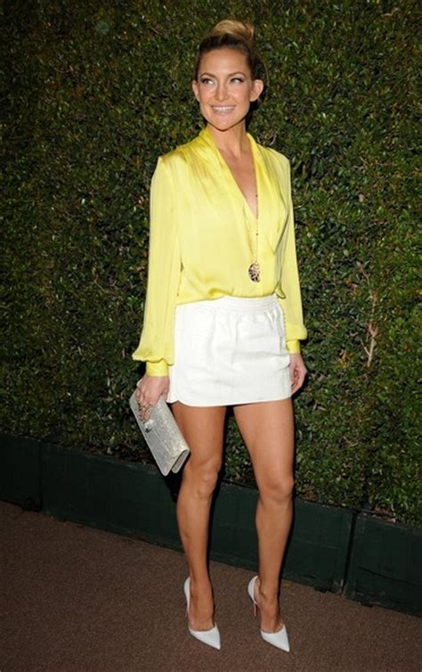 Celebrity Style Hot Mini Skirt Outfit Ideas for Summer - Pretty Designs