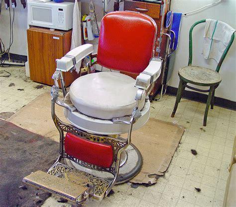 chaise barbier a vendre fauteuil de barbier ancien a vendre table de lit