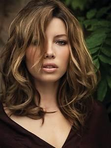 Coiffure Blonde Mi Long : coupe de cheveux brune avec meche blonde ~ Melissatoandfro.com Idées de Décoration