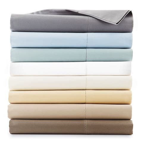 hudson park 600 tc solid twin fitted sheet truffle