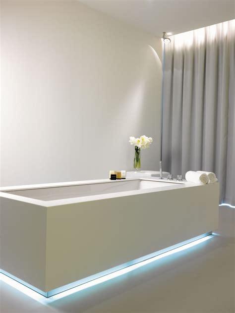 eclairage salle de bains led l 233 clairage salle de bains led conseils et id 233 es 233 l 233 gantes