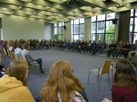 Projektfahrt Der Ef Zum Haus Neuland In Bielefeld  Gil Marl