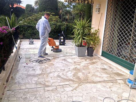 nettoyer un canapé en tissus nettoyage de terrasses balcons sols extérieurs