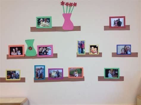 displaying family pictures in preschool classroom 727 | c2da8a9f9bd8b54d5e403f350bc67a31