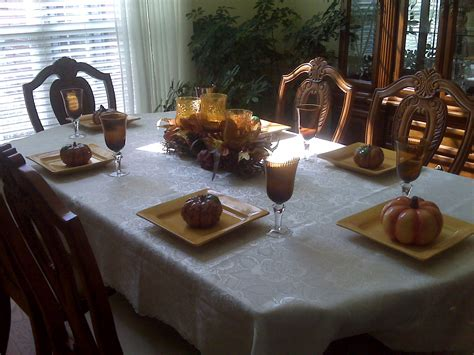 Dining Room Table Decorating Ideas For Fall by Fall Dining Table Decor Photograph S Dining Room Table