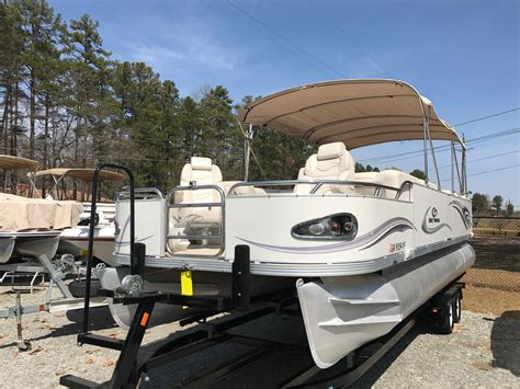 Pontoon Boats Definition by Crest Boats For Sale Boats