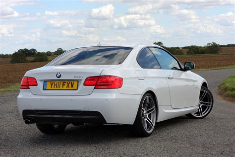 BMW 3-Series Coupé Review (2006 - 2013) | Parkers