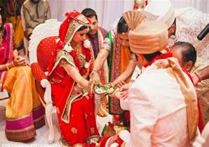 traditional indian wedding indian wedding traditions hindu wedding traditions easyday