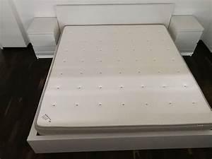 Bett Inkl Matratze : bett malm inkl matratze 180 x 200 kaufen auf ricardo ~ Watch28wear.com Haus und Dekorationen