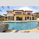 Huge House With Pool | 735 x 490 jpeg 85kB