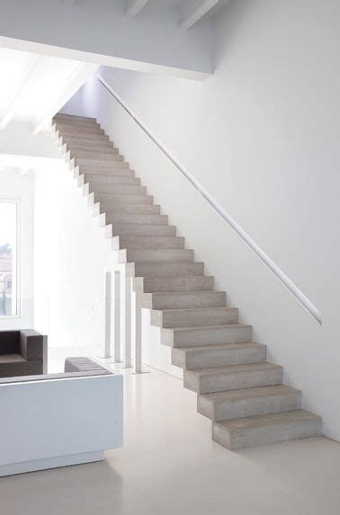 Treppenstufen Beton Innen by 25 Best Ideas About Concrete Stairs On