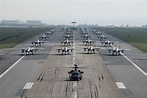 The Aviationist » U.S. Air Force Stages Epic Elephant Walk ...