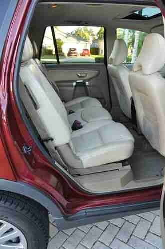 purchase  volvo xc  sunroof leather  row