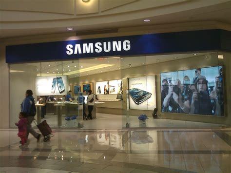 Verso una rete di Samsung Store: riconvertiti 60 negozi