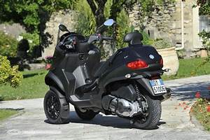 Essai Piaggio Mp3 500 : essai piaggio mp3 500 lt touring sport nice ones pinterest touring sports and motorbikes ~ Medecine-chirurgie-esthetiques.com Avis de Voitures