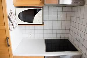 Schrank Für Mikrowelle : die 5 besten ordnungstipps f r eine kleine k che miss ~ Michelbontemps.com Haus und Dekorationen