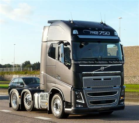 new volvo fh new volvo fh model 2012 spotted at mackday amsterdam