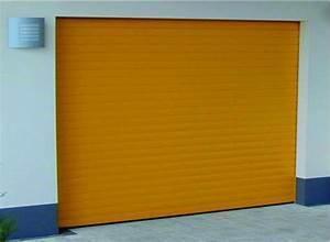 Porte de garage enroulable motorisee en aluminium soprofen for Fabricant porte de garage enroulable