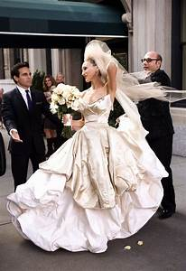 Carrie Bradshaw in Vivienne Westwood.   beautiful   Pinterest