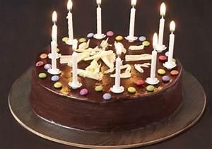 Image De Gateau D Anniversaire : g teau d 39 anniversaire tout chocolat et smarties croquons ~ Melissatoandfro.com Idées de Décoration