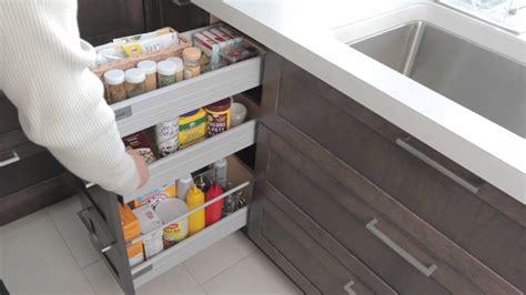 rangements cuisine armoires de rangement armoires de cuisine simard
