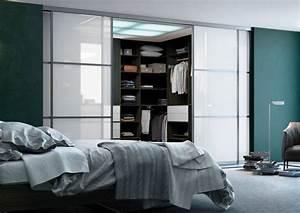Dressing Sans Porte : agencement de placards armoires agencement personnalis ~ Dode.kayakingforconservation.com Idées de Décoration