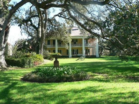 jars picture of houmas house plantation and
