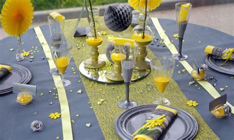 mariage jaune gris blanc