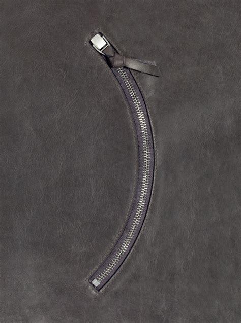 DesignApplause   Excella curve zip fastener. Nanahiko mio.