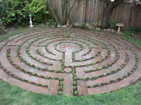 garden labyrinth plans garden maze plans www pixshark com images galleries with a bite