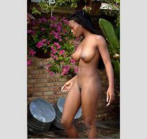 Deserea Backyard Curvy Erotic